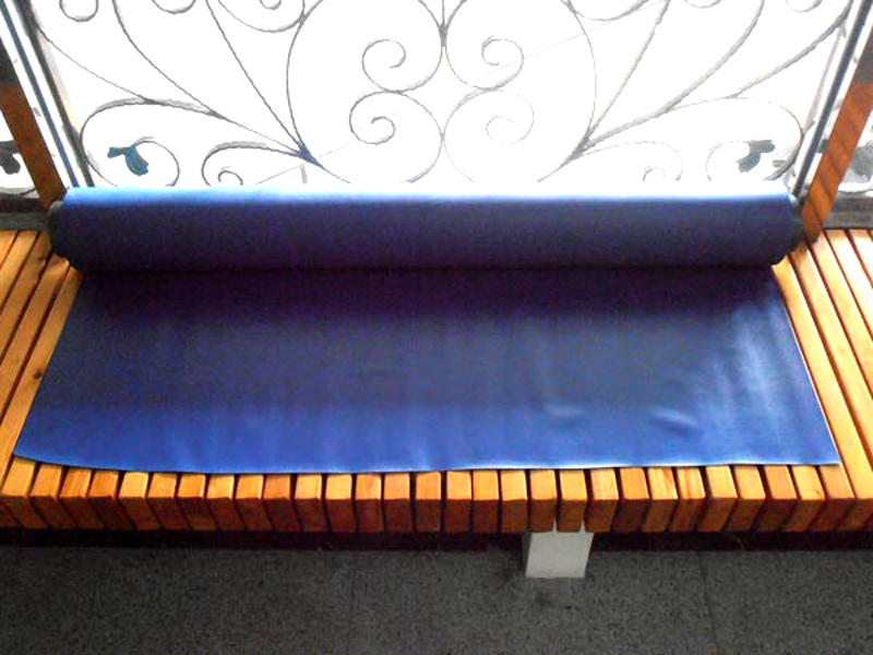 Semi-rigid, rich variety, waterproof, anti-fouling colored decorative PVC film