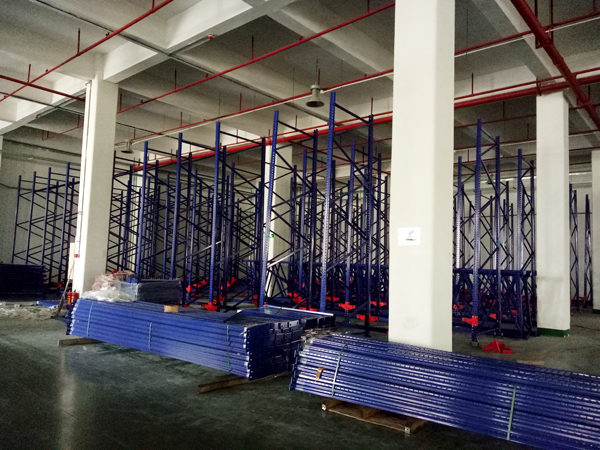 LIN-YANG-Intelligentized technical transformation of stereoscopic warehouse palletizing   Pvc Tarpau-2