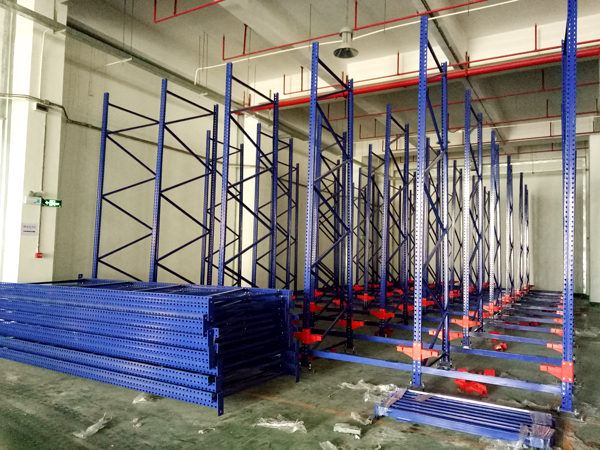 LIN-YANG-Intelligentized technical transformation of stereoscopic warehouse palletizing   Pvc Tarpau-3