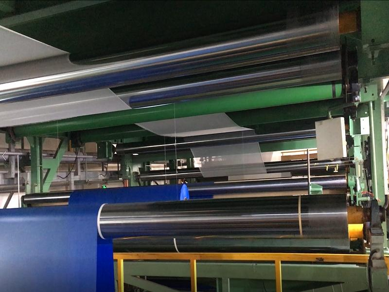 The laminating production process of PVC Tarpaulin