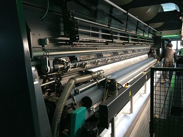 news-LINYANG-We are producing fabric by ourselves to make PVC Tarpaulin-img