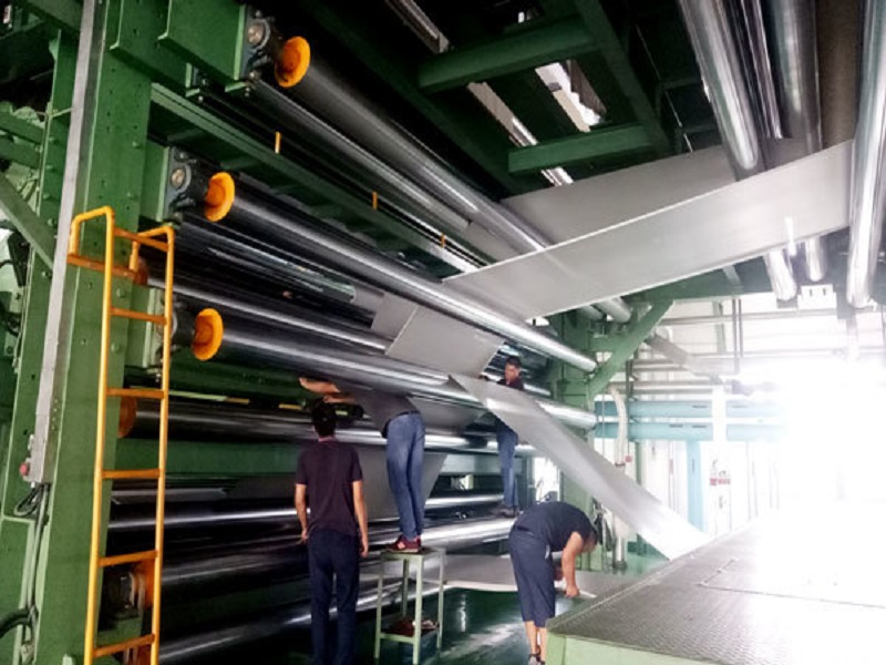 news-LINYANG-Super wide 72m calendering and laminating unit produces larger and wider PVC tarpaulin-